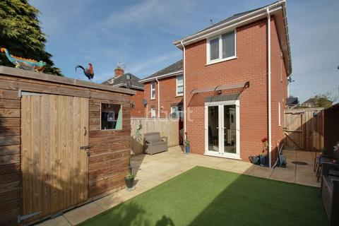 3 bedroom semi-detached house for sale - Shakespeare Road