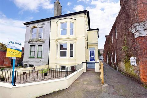 3 bedroom flat for sale - London Road, Deal, Kent