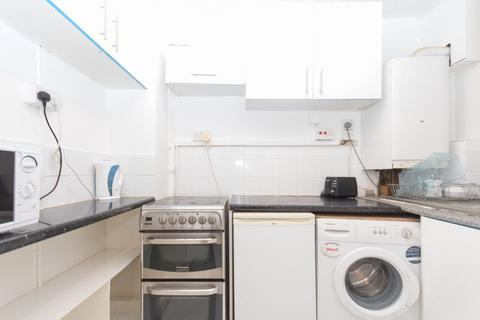 2 bedroom flat to rent - Tiverton Street, London, SE1
