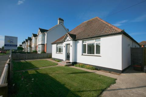 3 bedroom detached bungalow for sale - Manor, Road PO20