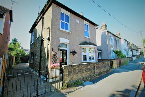 2 bedroom maisonette to rent - Clifton Road, Hornchurch, Essex, RM11