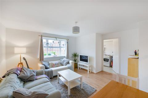 2 bedroom flat share to rent - Massingberd Way, Tooting Bec, London, SW17