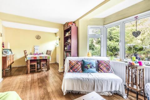 2 bedroom flat for sale - St. Johns Park, Blackheath