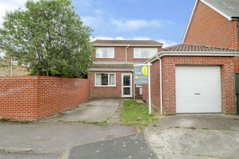 4 bedroom detached house for sale - Furze Crescent, Alresford, CO7