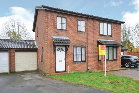 2 bedroom semi-detached house to rent - Greenwood Homes,  Bicester,  OX26