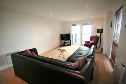 2 bedroom flat to rent - Meridian Bay, Trawler Road, Swansea