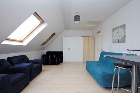 1 bedroom apartment to rent - Station Road, Edgware
