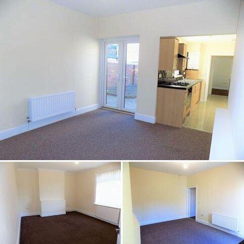 3 bedroom terraced house to rent - Capulet Terrace, Hendon, Sunderland