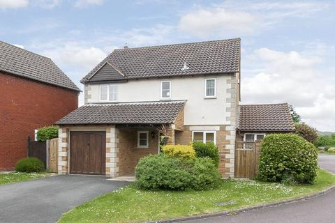 3 bedroom detached house to rent - Kingsclere Drive, Bishops Cleeve, Cheltenham