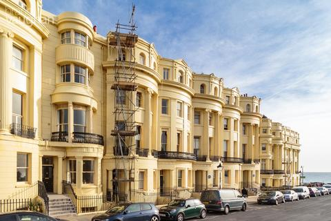 Studio for sale - Brunswick Square, Brighton, BN3