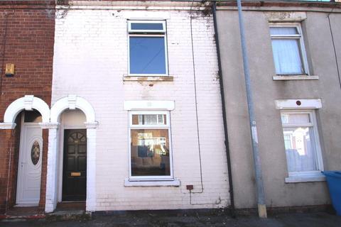 2 bedroom terraced house for sale - Wynburg Street, Hull