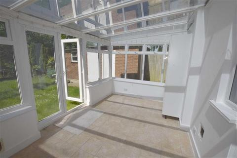 4 bedroom semi-detached house to rent - Worcester Crescent, Mill Hill, London, NW7
