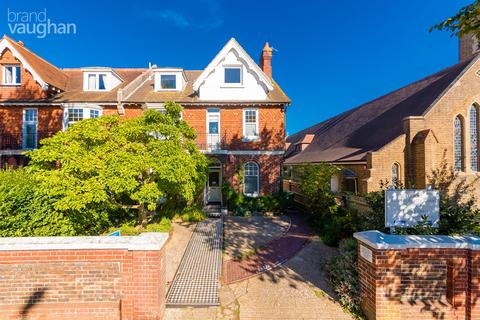 5 bedroom end of terrace house for sale - Dyke Road, Brighton, BN1