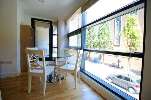 2 bedroom flat to rent - Colquitt Street, Liverpool, L1 4DL