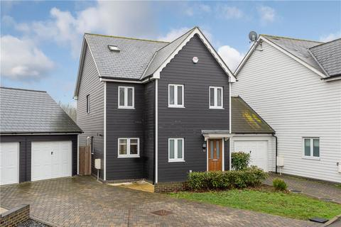 4 bedroom detached house to rent - Woolings Close, Orsett, Grays, Essex, RM16