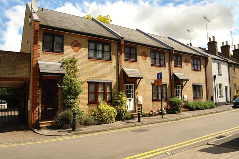 on feet at united states huge sale 1 Bed Flats For Sale In Central Windsor | Buy Latest ...