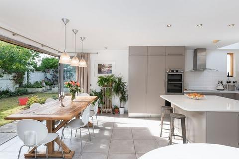 5 bedroom detached house for sale - Hollingbury Copse, Brighton