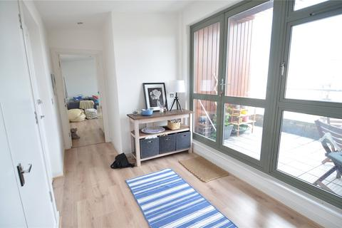 2 bedroom house for sale - Pearlec House, Walworth Place, London, SE17