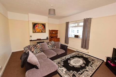 1 bedroom flat for sale - Ainslie Street, Grimsby