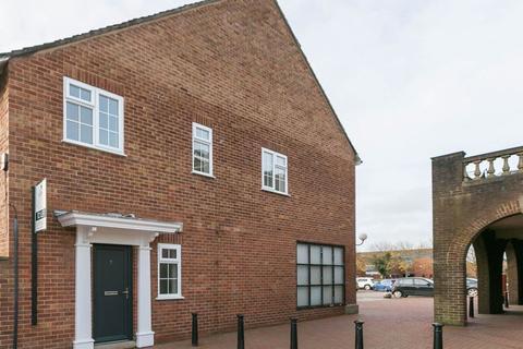 2 bedroom apartment to rent - Mark Square, Tarleton, PR4 6TU
