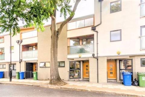 3 bedroom townhouse to rent - Wilmington Terrace,, London