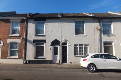 3 bedroom terraced house to rent - Guildford Road, Fratton