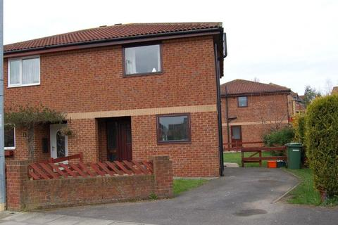 2 bedroom detached house to rent - 48 Peterhouse RoadCambridge ParkGrimsbyNorth East Lincolnshire