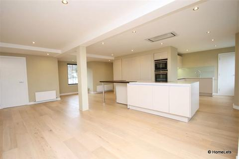 3 bedroom apartment to rent - Lower Bristol Road NO TENANT FEES