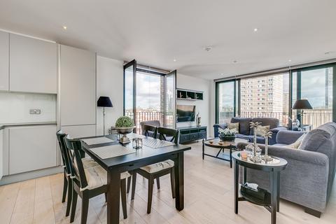 2 bedroom flat to rent - Cobalt Place, SW11