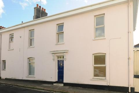 3 bedroom maisonette for sale - Alexandra Road, Ford