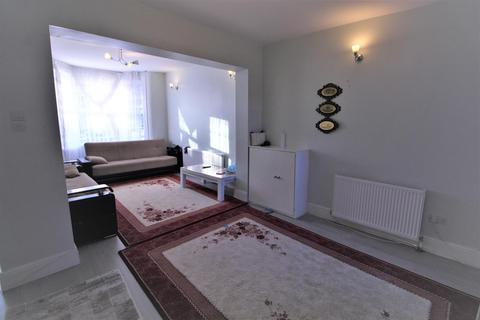 4 bedroom terraced house to rent - Lowden Road, N9