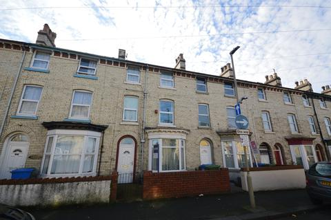 4 bedroom terraced house for sale - Norwood Street, Scarborough