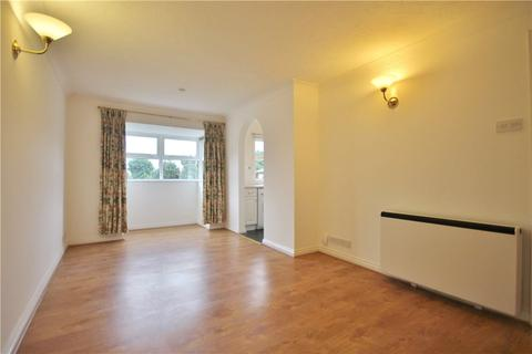 2 bedroom apartment to rent - Monmouth Close, Chiswick, London, W4