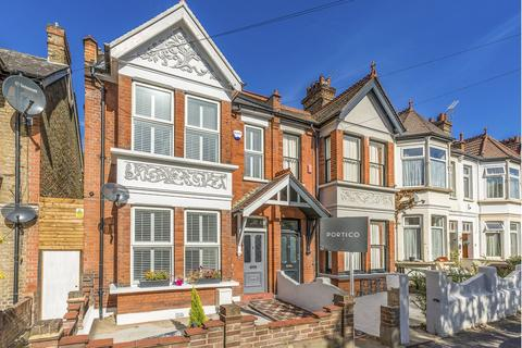 Search 6 Bed Houses For Sale In East London Onthemarket