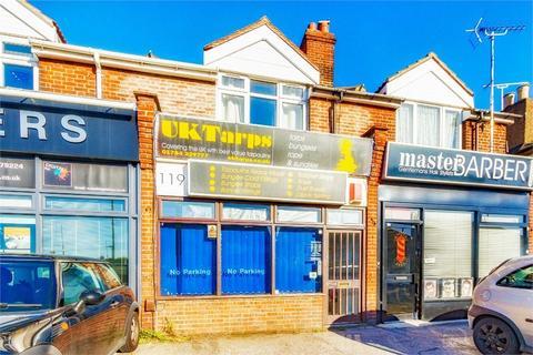 Property to rent - Feltham Road, Ashford, Surrey