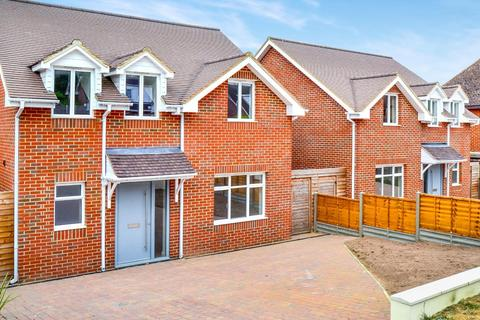 4 bedroom detached house to rent - Townsend Lane, Harpenden