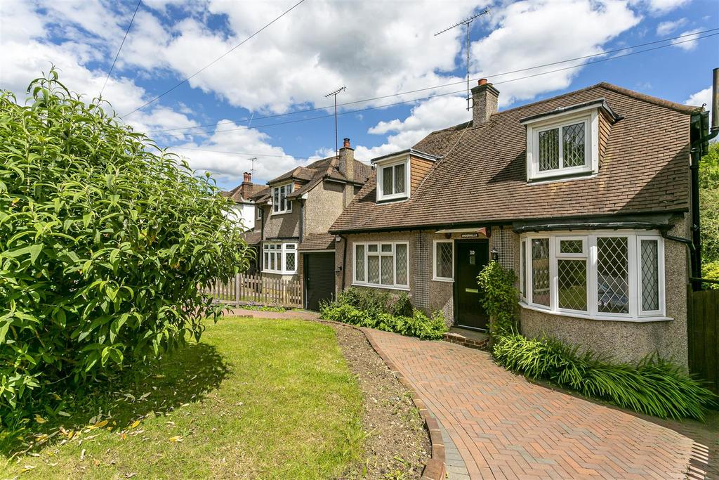 House outwood lane chipstead 105.jpg