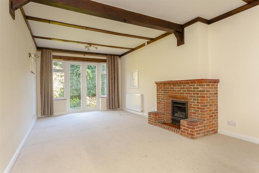 House outwood lane chipstead 106.jpg