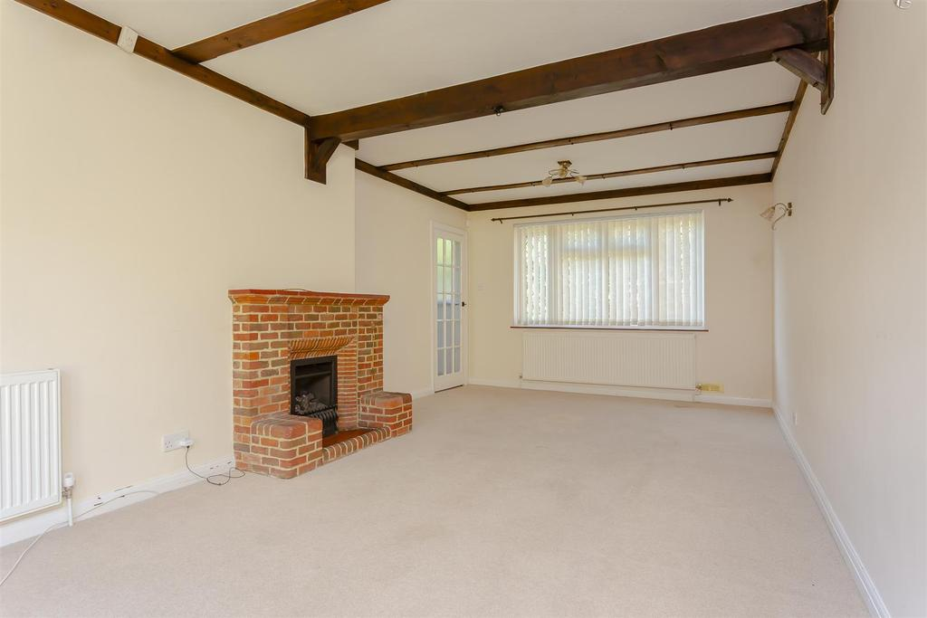 House outwood lane chipstead 107.jpg