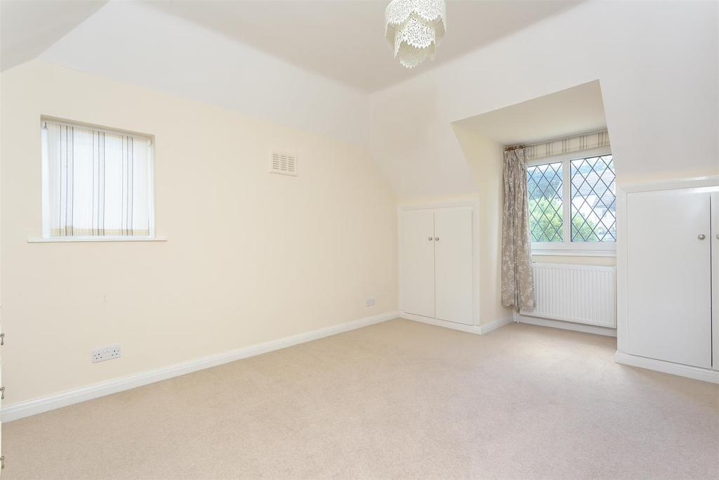 House outwood lane chipstead 115.jpg
