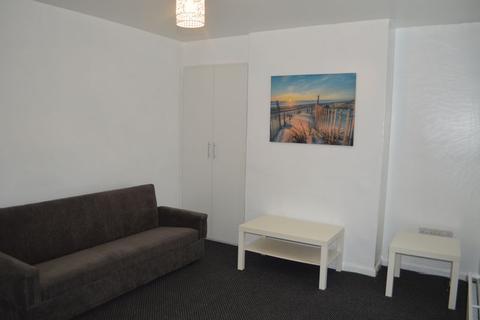 2 bedroom house share to rent - Western Boulevard, Nottingham