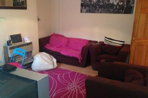 4 bedroom house share to rent - Kimbolton Avenue, Lenton, Nottingham, Nottinghamshire, NG7