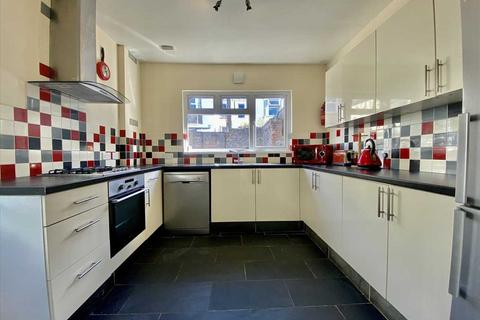 4 bedroom house to rent - Gifford Place, Plymouth