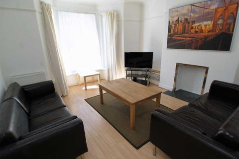 4 bedroom house to rent - West Hill Road, Plymouth