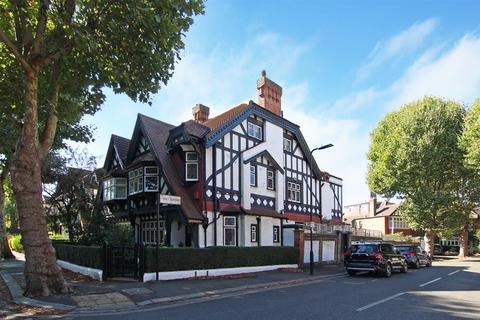 5 bedroom house for sale - West Lodge Avenue, Acton