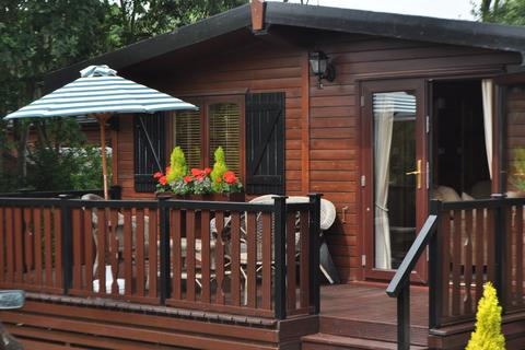 2 bedroom lodge for sale - Dunwich IP17 3DQ