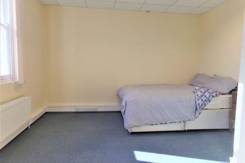 1 bedroom property to rent - Room 6, Castle Street, Cirencester