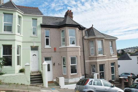 4 bedroom townhouse to rent - Turret Grove, Plymouth - Newly refurbished 4 bed period proeprty