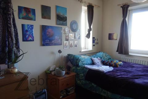 6 bedroom house share to rent - Trent Bridge Buildings, Nottingham