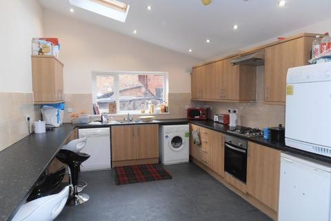 6 bedroom house share to rent - Lenton Boulevard, Nottingham